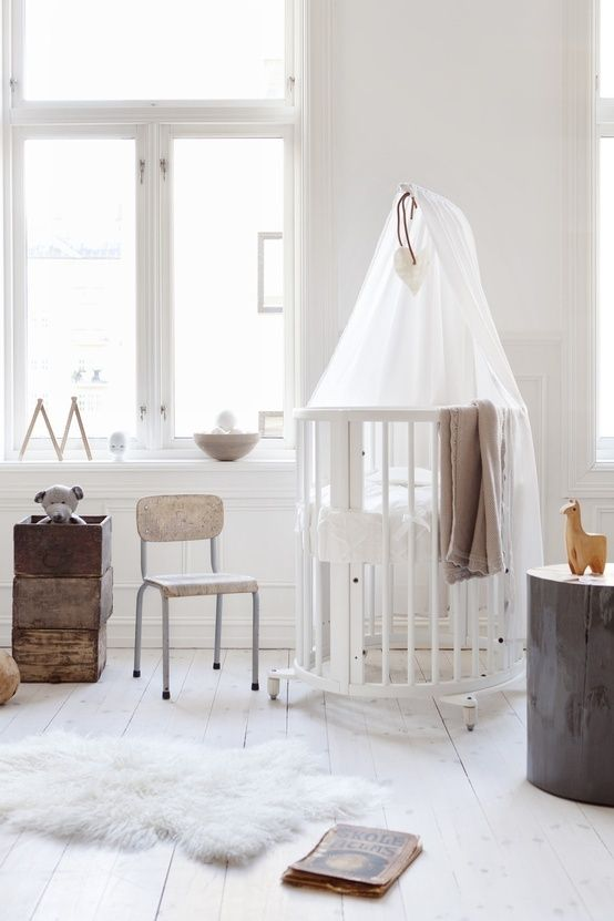 Sublime white nursery Source: 'The Donkey & the Carrot'