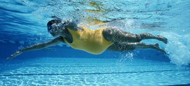 exercise-pregnancy-swim